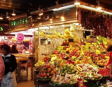 Il coloratissimo mercato della Boqueria