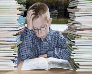 Se viaggiate con i vostri figli potete piazzarli in biblioteca fino all'una di notte